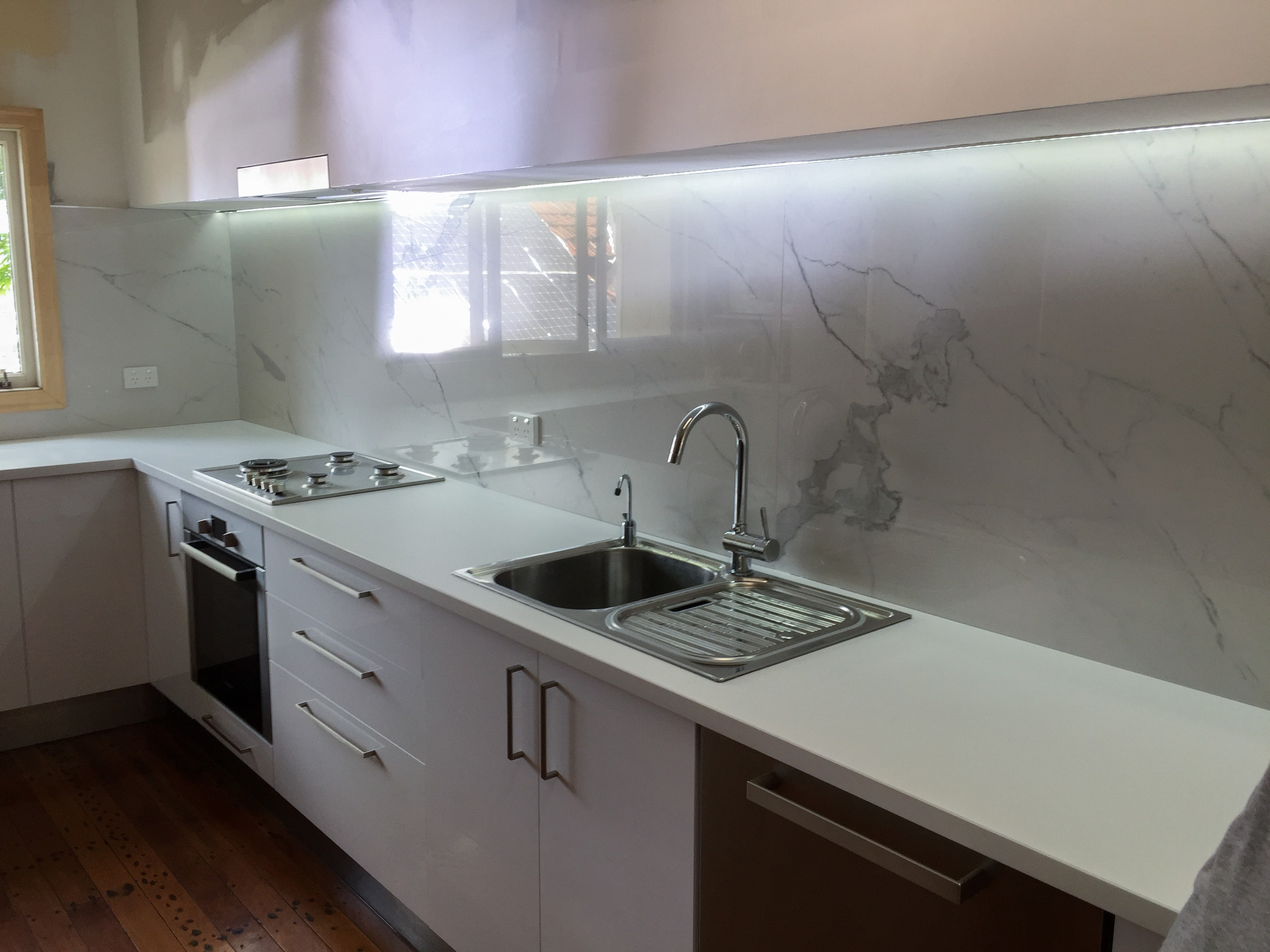 Kitchen Splashback Large Tile Seq Tiling And Cladding